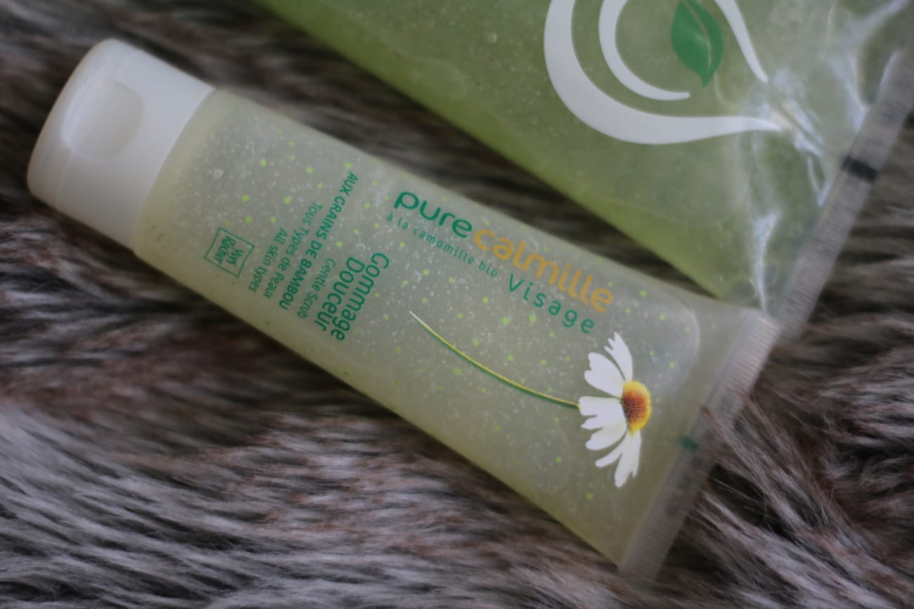 Yves Rocher Pure Calmille gommage douceur - Gel Gomaj cu extract de musetel si bambus Skinology Tea Tree Face Scrub alternative best beauty products makeup cosmetics 2016 you should buy blog roxi rose europe english top 10 top 50 popular