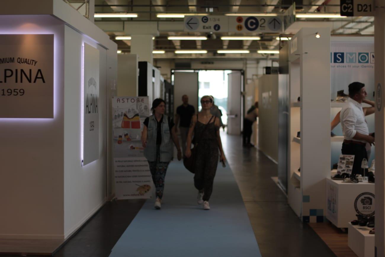 targ de pantofi expo riva schuh bloggers producatori pantofi scarpe fair congressi italia (13)