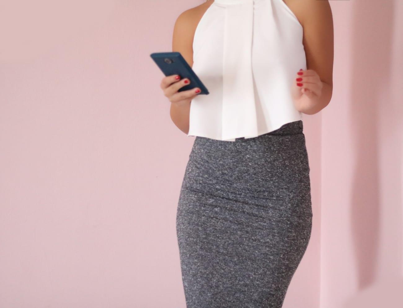 flared-top-evazat-larg-alb-white-topfashion-pareri-tinuta-business-casual-smart-idei-birou-roxi-rose-blogger-fashion-3